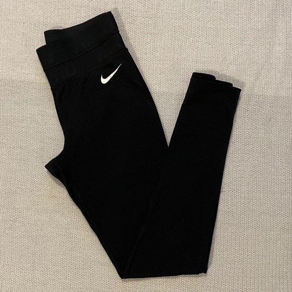 Fleece Lined Nike Running Tights size small.